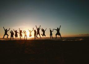 7 Team Building Exercises to Improve Team Morale